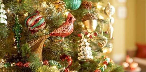 Christmas Trees & Free Ornaments From Martha Stewart