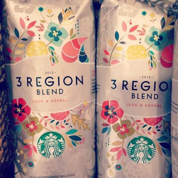 Love this packaging @Starbucks! #flowerpower #hippy #packaging #love