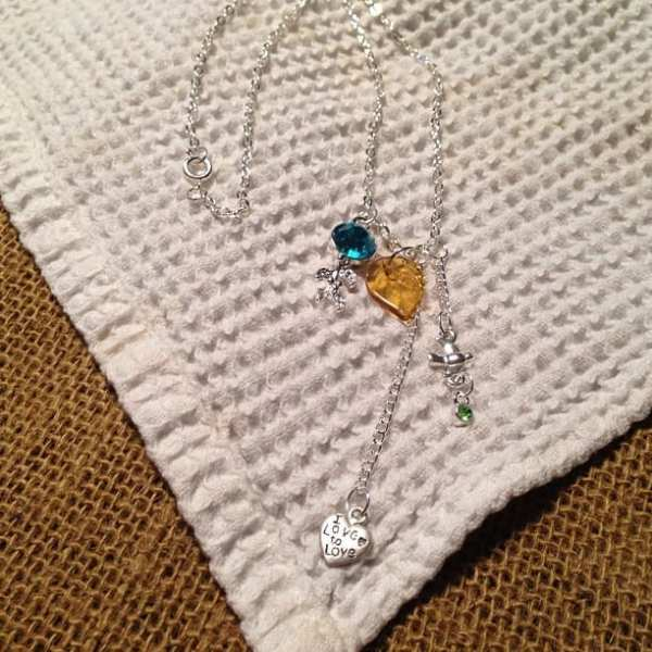 Necklace for teacher, with help from daughter. #12monthsofmartha @ms_living