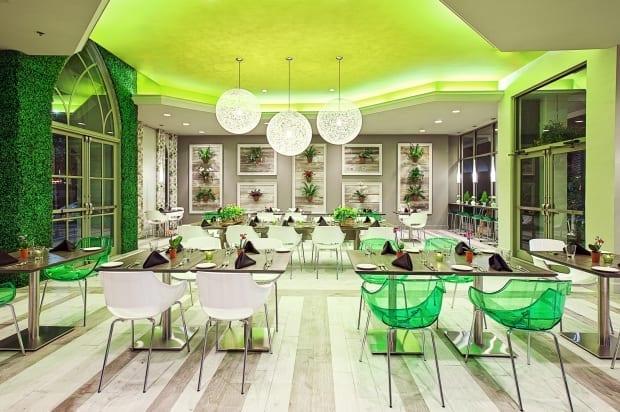 *CH_Restaurant_GardenBistro