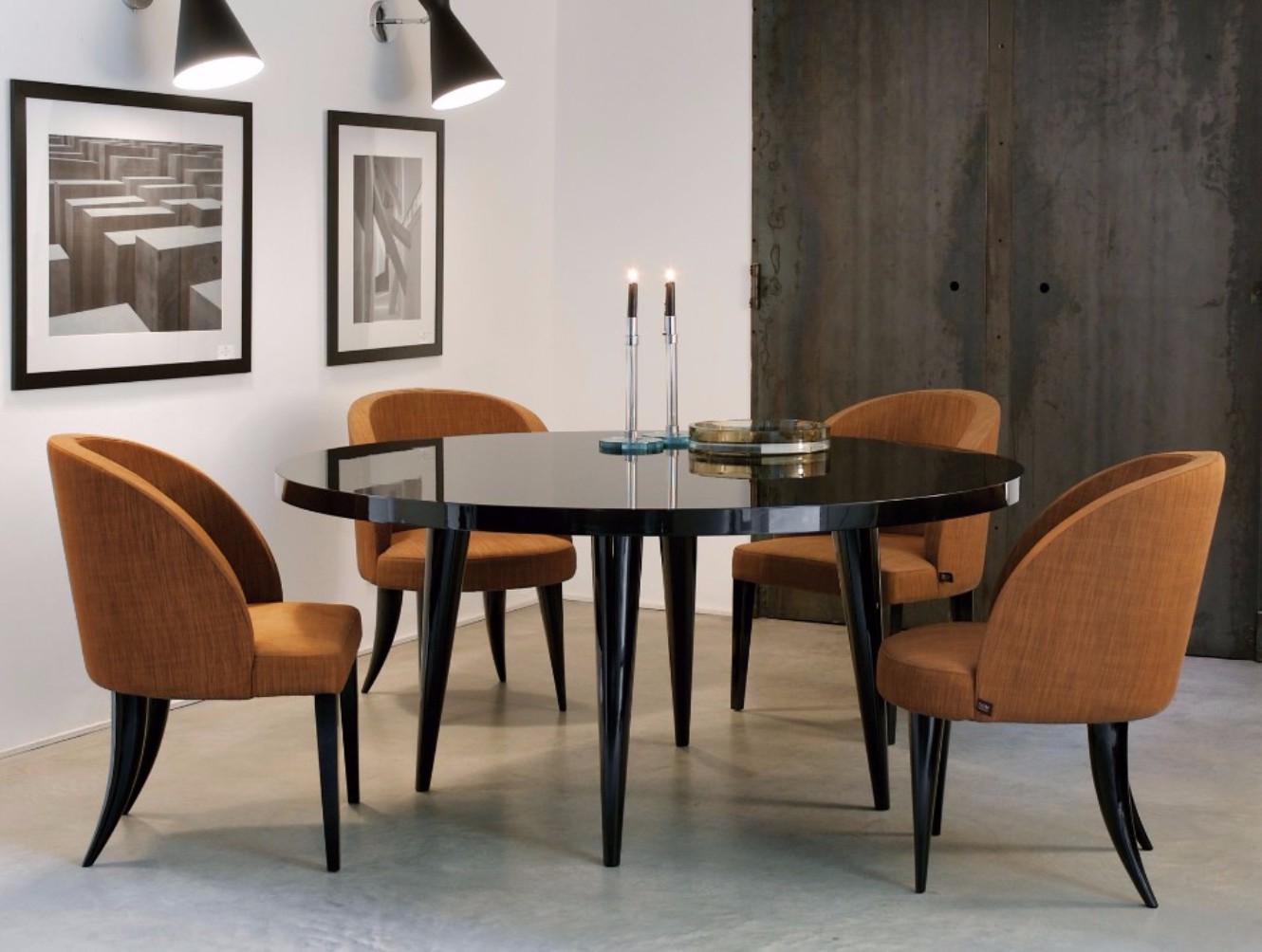How To Choose The Perfect Dining Table For Luxury Dining Rooms