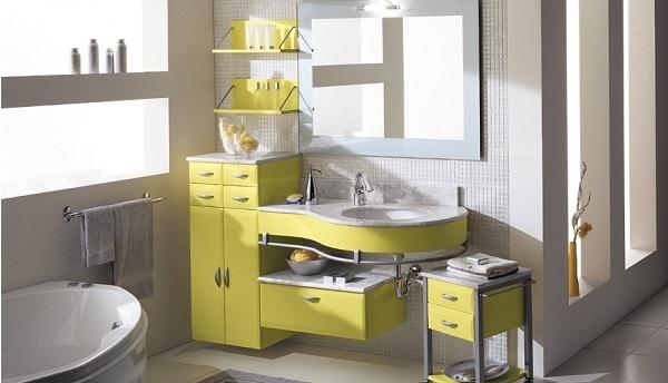 petite salle de bain peu lumineuse