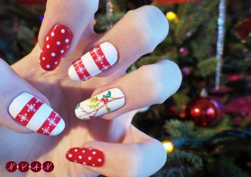 1 Christmas Nail Art