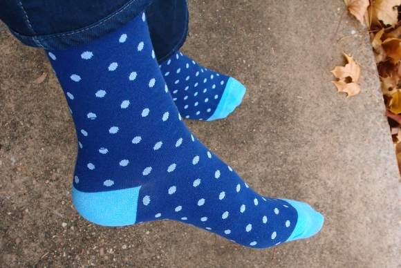 Nice-laundry-blue-polka-dot-socks