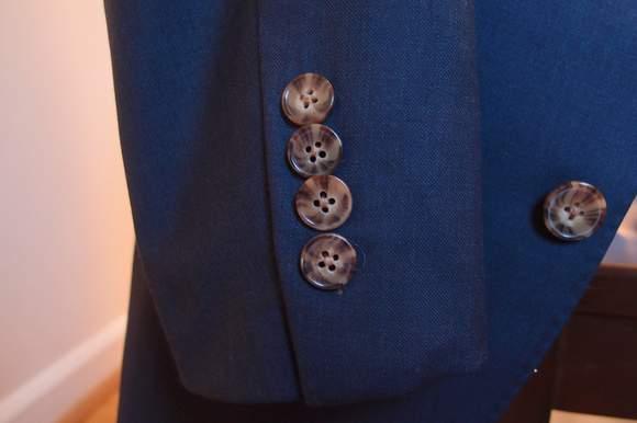 Proper-Suit-buttons-closeup
