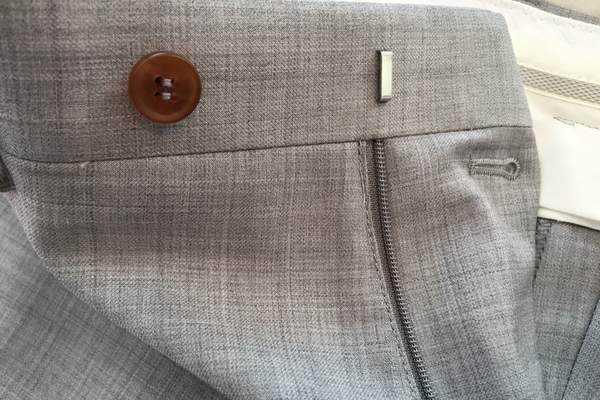 Knot-standard-trousers-clasp