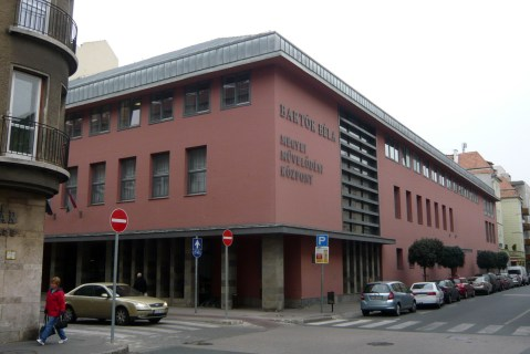 2003-ban befejeződött az újabb teljes átépítés. Építész: Czigány Tamás. (fotó: HG)