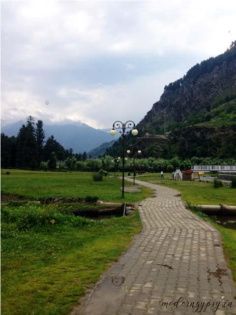 Kashmir-Diaries-Lavender-Park-Pahalgam