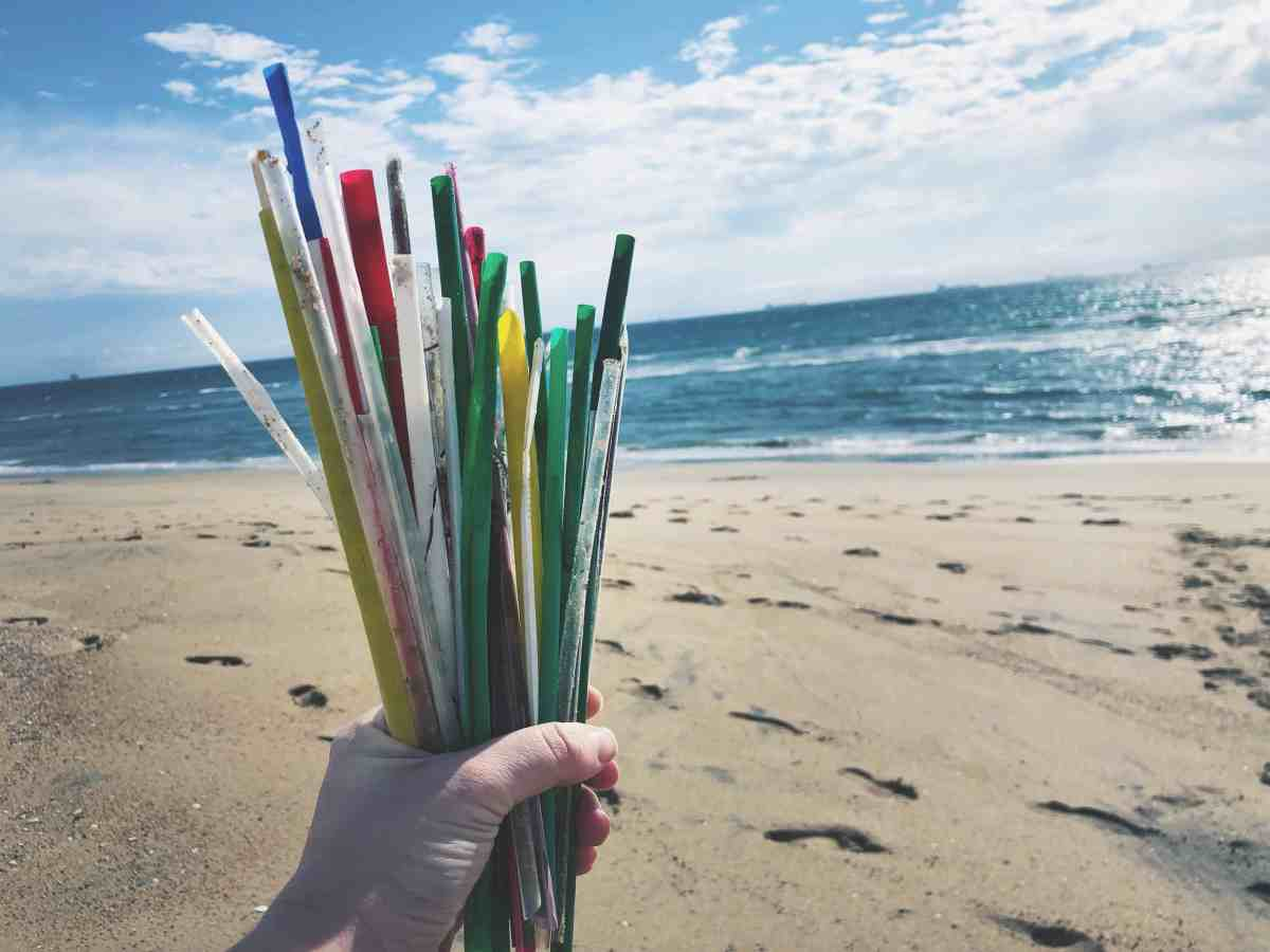 Sustainably Dating: Why Your Reusable Straw Matters