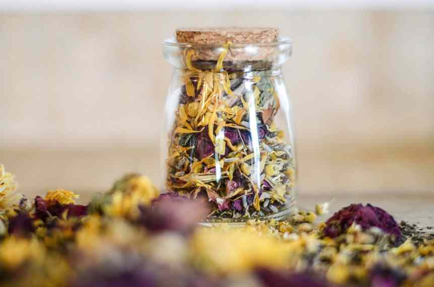 DIY Herbal Bath Tea For Postpartum Healing