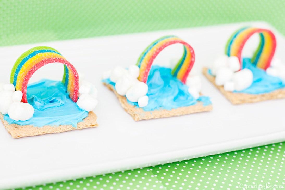 Graham Cracker Rainbow Snack