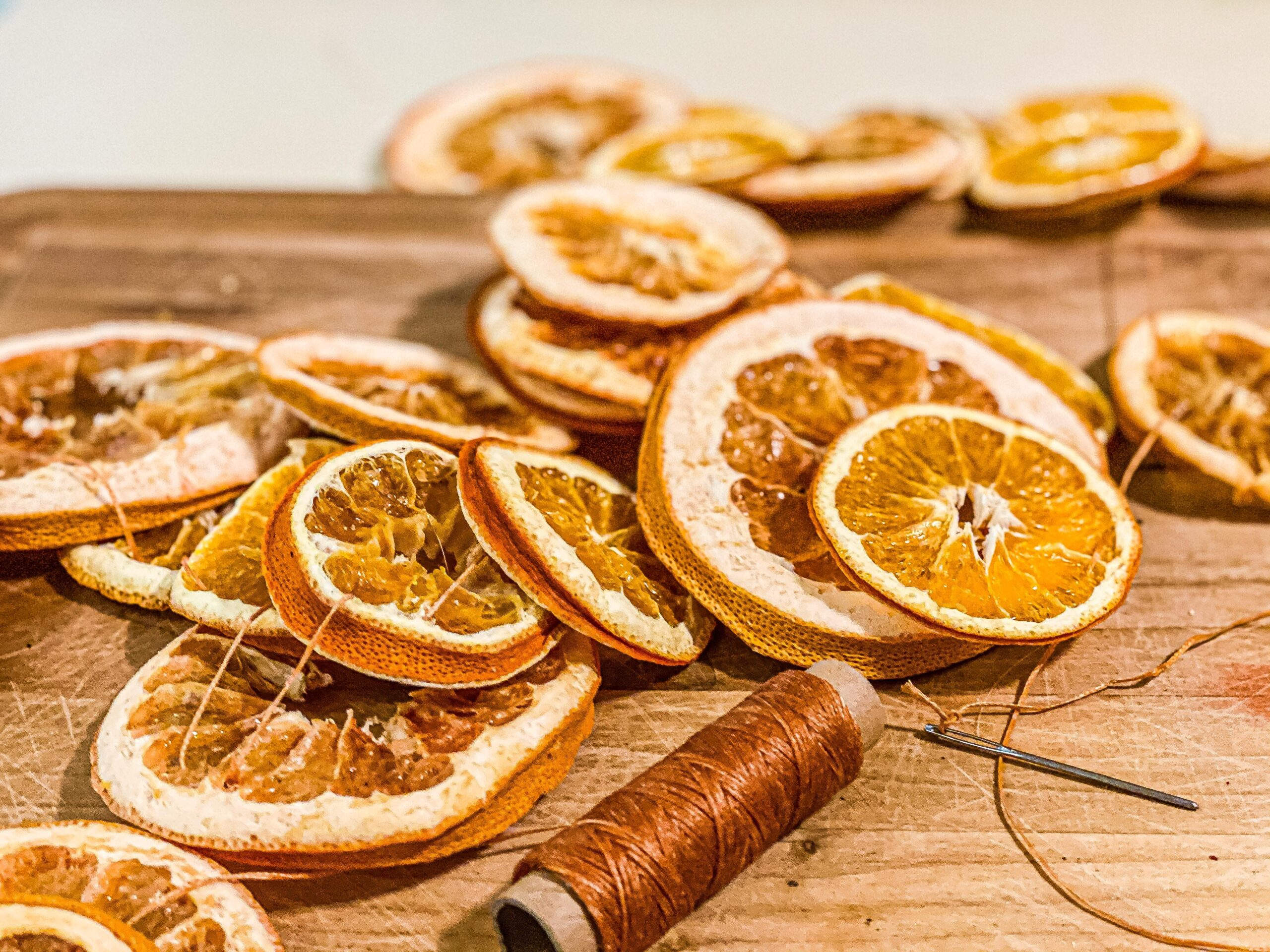 DIY Dried Orange Garland | Modern Homestead Mama