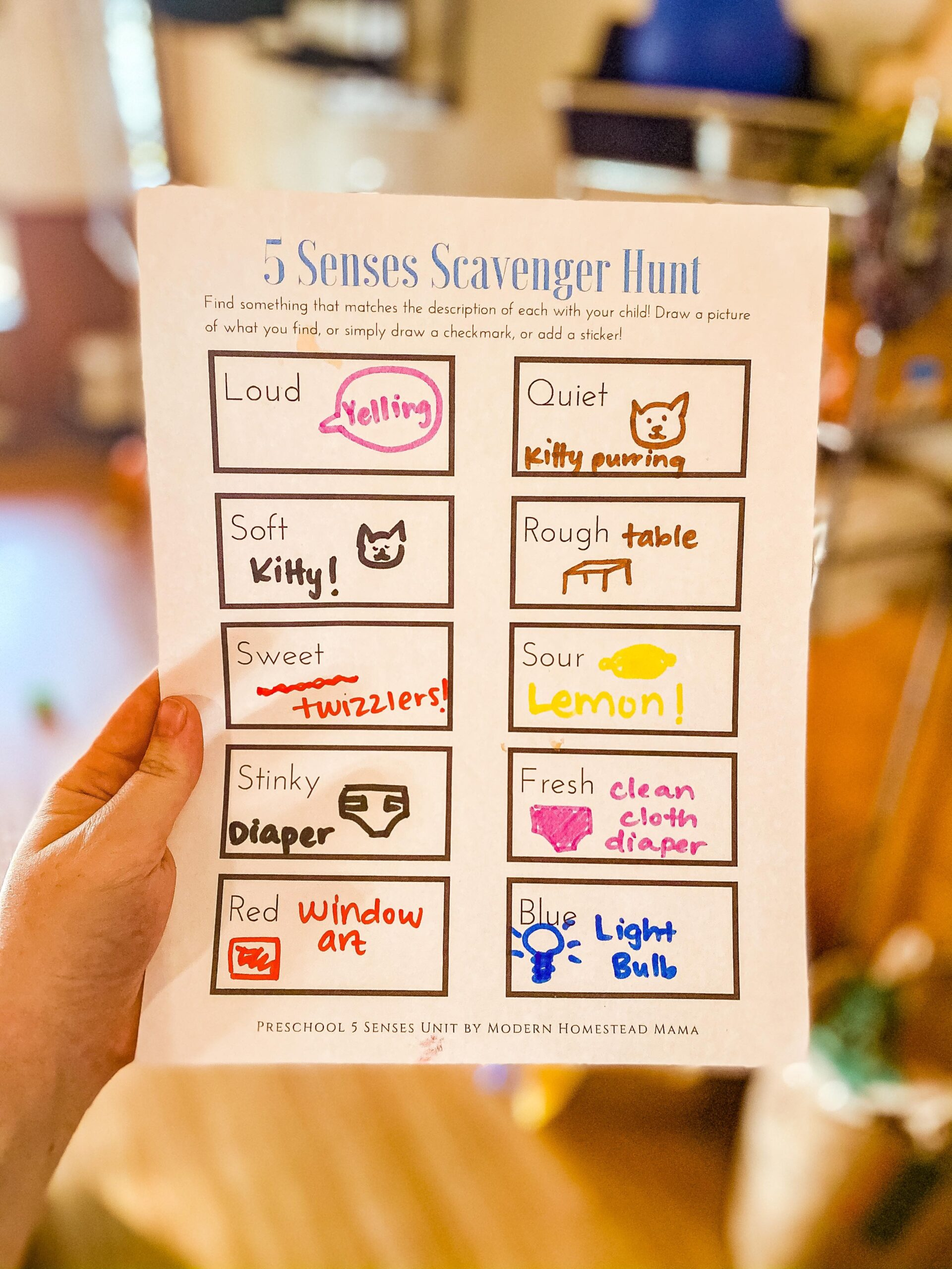 Five Senses Scavenger Hunt Printable for Kids | Modern Homestead Mama