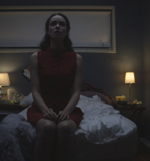 The official review of Starry Eyes by ModernHorrors.com