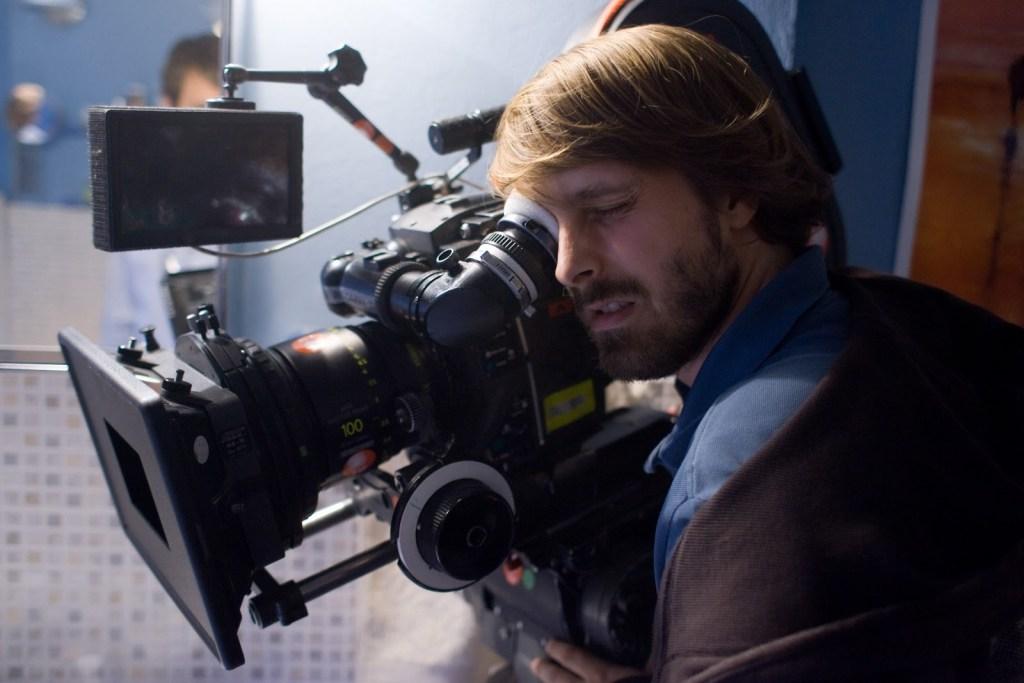 Alexandre-Aja-filming-Mirrors