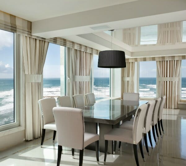 5 Times White Curtains Totally Stole The Show Modernize