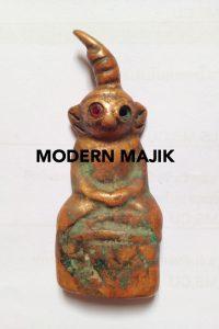 """พระงั่งเขมรตาแดงอุดกริ่งเนื้อทองแดงเถื่อน """"มะขามหวาน"""" by MODERN MAJIK"""