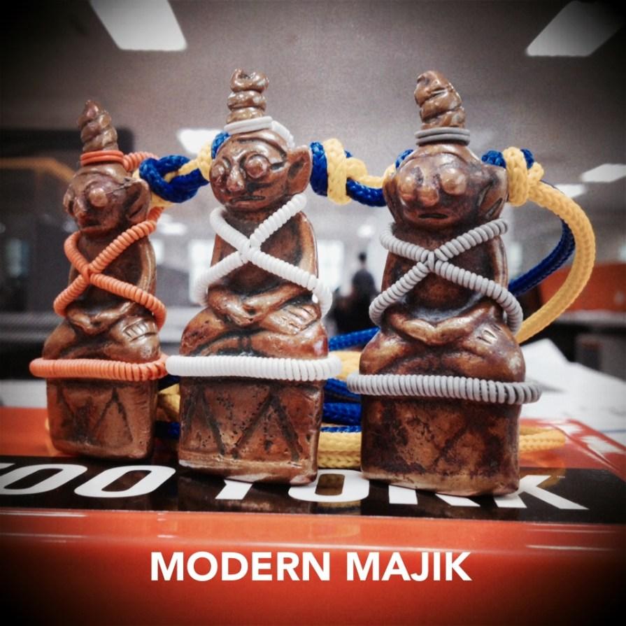 พระงั่งเขมรตาโปนเนื้อทองแดงเถื่อน  by MODERN MAJIK