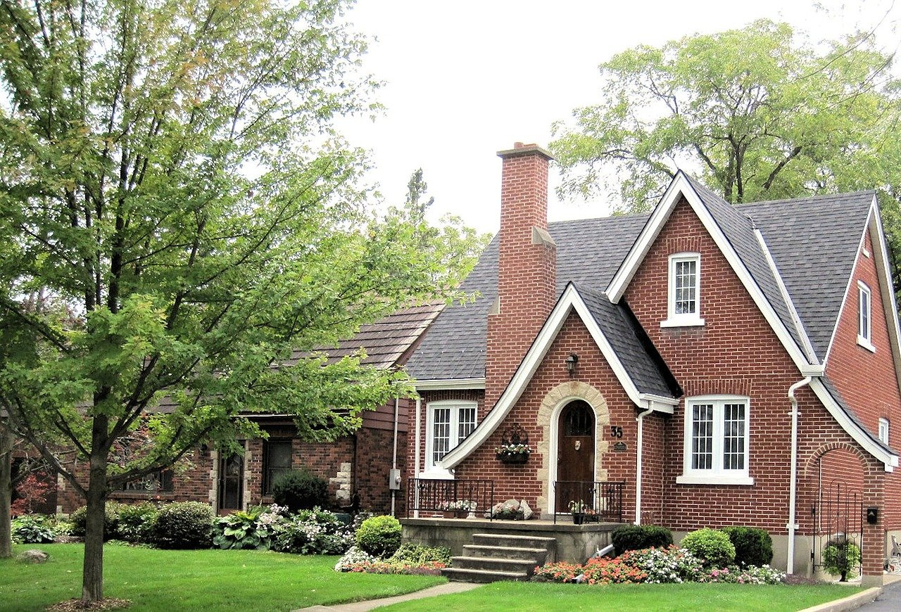 How To Paint Brick House