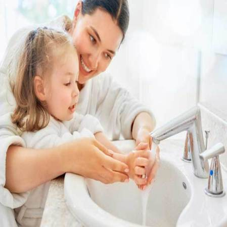 Covid-19-Outbreak-How-To-Teach-Kids-To-Wash-Hands_1_900x900.jpg