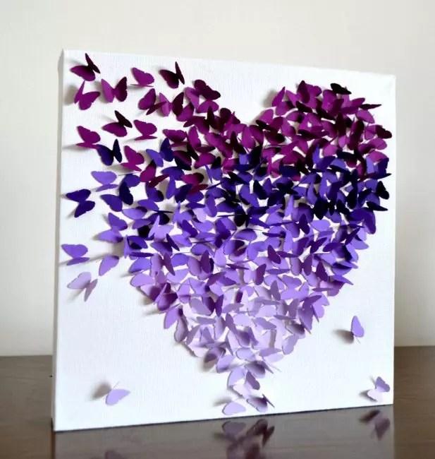 Panel z motýlů ve tvaru srdce
