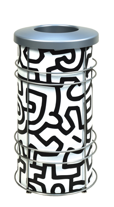 DeepStream Designs Chameleon Modern Trash Bin with a Keith Harding print