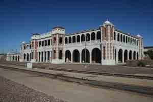 """Harvey House """"Casa Del Desierto"""" in Barstow, CA (Photo Copyright (C) David Corby 2006; used with permission) -"""