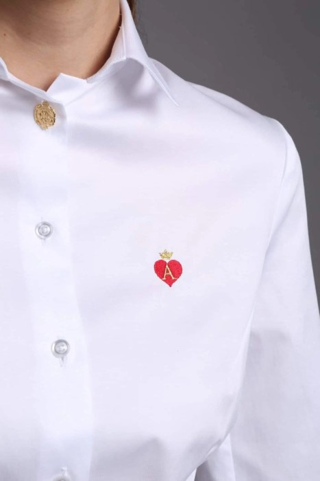 white women's shirts