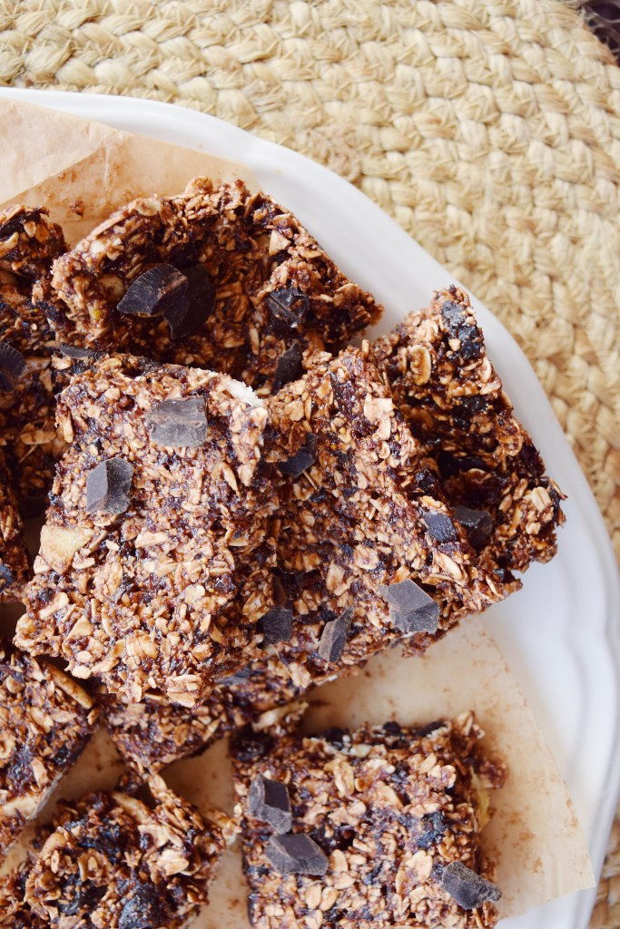 Hazelnut Oats Chocolate Chunk Bars