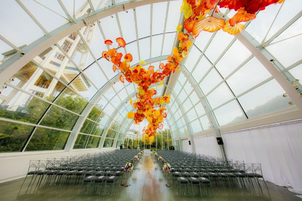 colorful Seattle wedding
