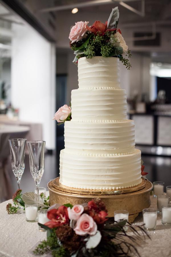 fall modern wedding