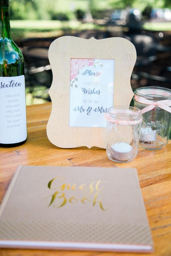 Missouri vineyard wedding