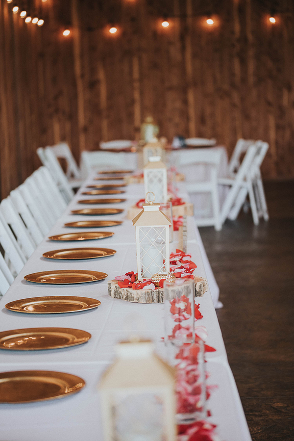 rustic Missouri vineyard wedding