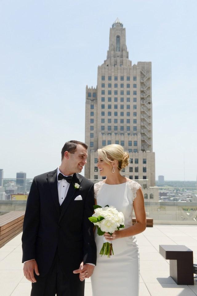 modern gold wedding