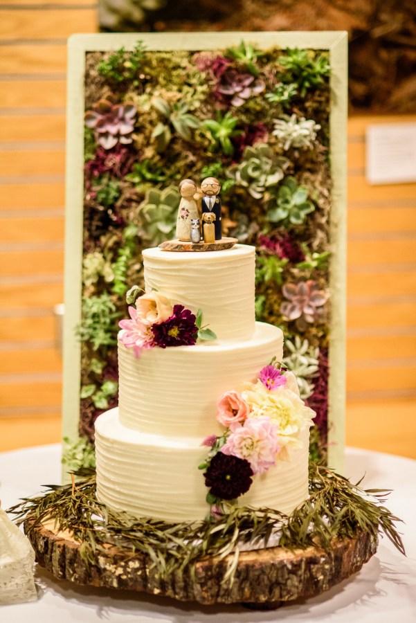 fall museum wedding
