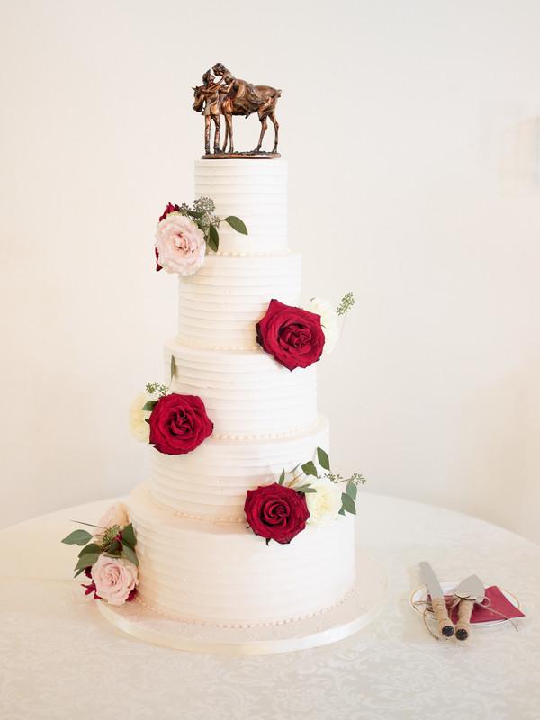 burgundy Texas wedding