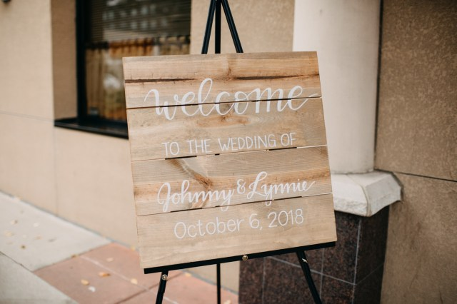 fall Minneapolis wedding