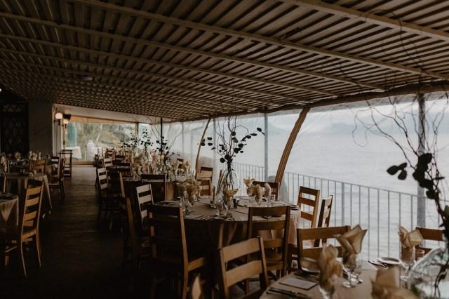 chic lakeside wedding