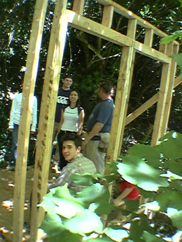 Carpentry workshop built a guest shack