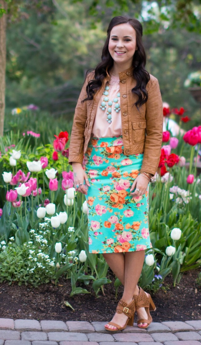 Mint Floral Pencil Skirt (3 of 6)