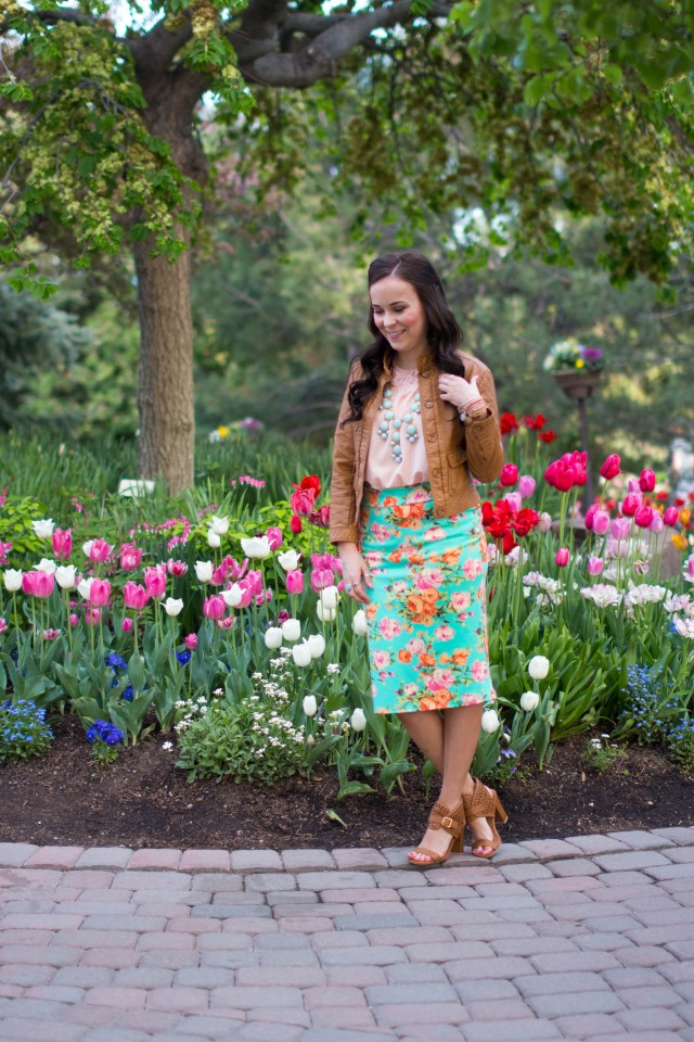 mint floral pencil skirt (7 of 19)