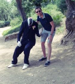 flo and headless man 1
