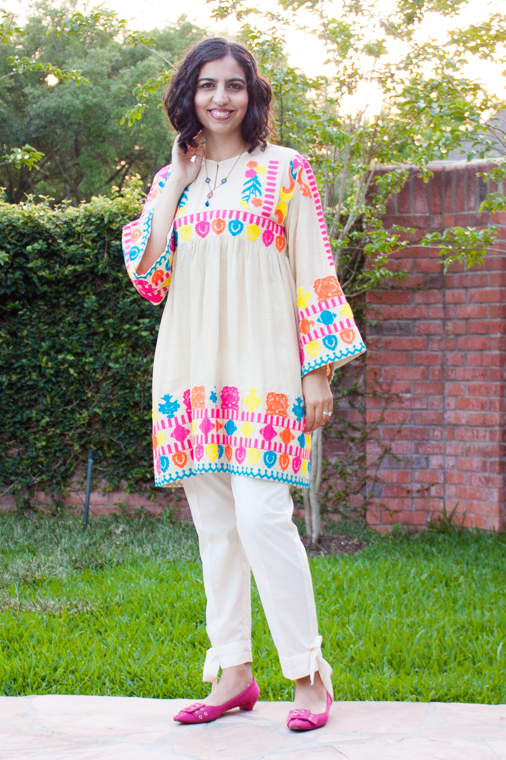 what to wear to an iftar party neon sana safinaz shirt