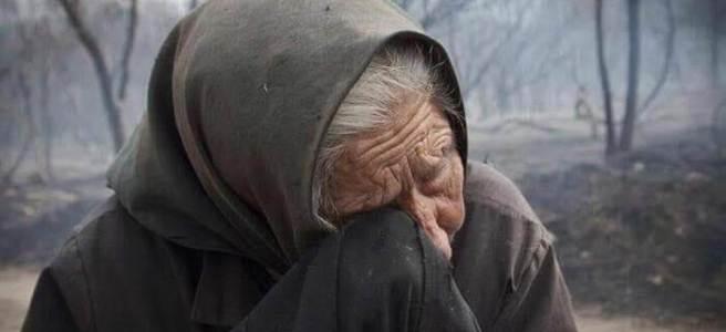 Velliña chorando