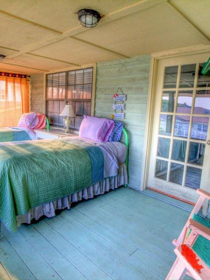 bedroom-siesta-afternoon-nap-Modewest-Lifestyle