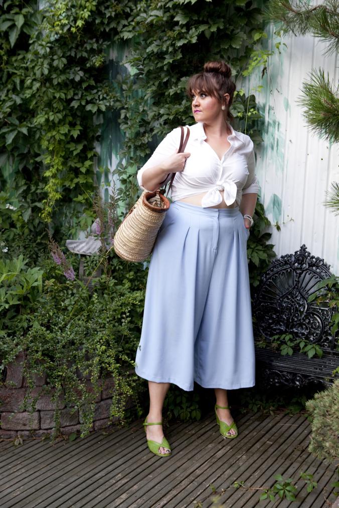 mode-xlusive-style-profile-plus-size-fashion-blog-ottawa-chantal-sarkisian-chantsy-capital-city-curves-erin-coleman