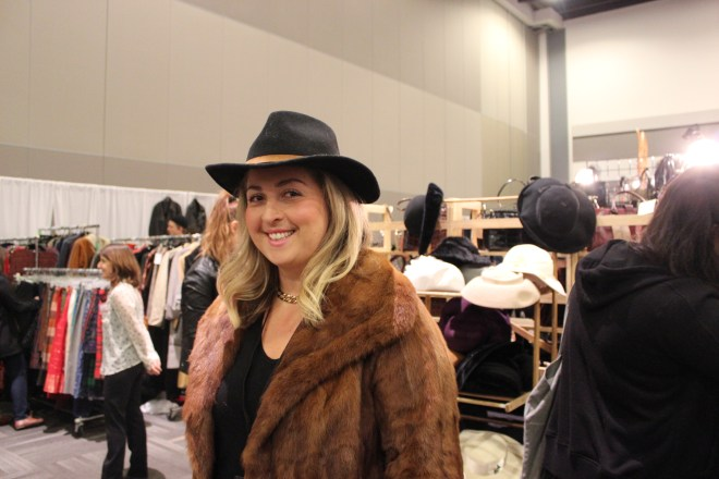 Ottawa Vintage Clothing Show Mode Elusive Ottawa Blogger Curvy Fashion Style Blog Chantal Sarkisian