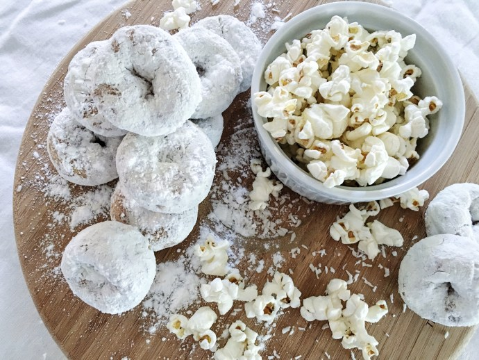 Diner en blanc Ottawa Fashion Blog White dinner menu idea donuts and cheese popcorn