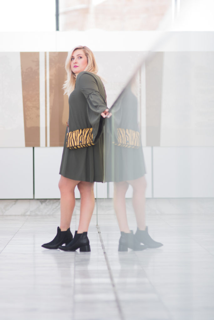 ELVI plus size bell sleeve dress fashion trend Ottawa Fashion Blogger Chantsy coach purse black booties