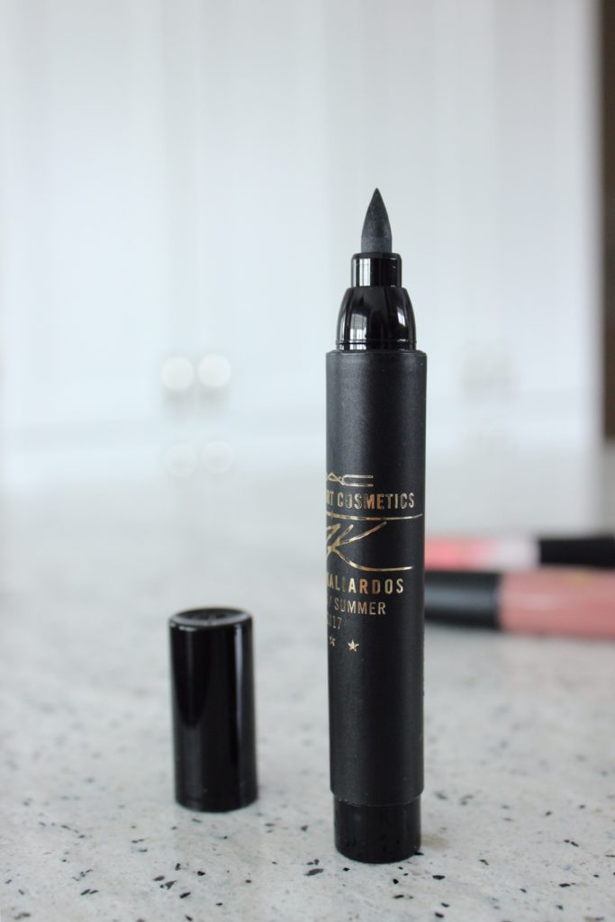 Mac Cosmetics review Kabuki Magic Beauty blogger_James Kaliardos